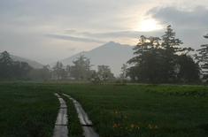 山ノ鼻からの燧ケ岳の朝焼け